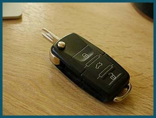 Miami Beach Lock & Locksmith Miami Beach, FL 305-744-5301